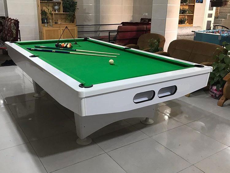 میز باشگاهی رنگ پارچه سبز